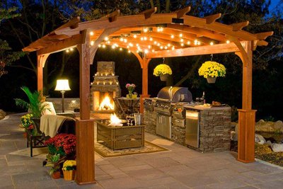 Las Vegas home outdoor patio and kitchen